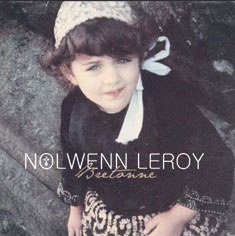 http://fashions-addict.com/images/catalogue/id_2/images/65601_271010-nolwenn-leroy.jpg